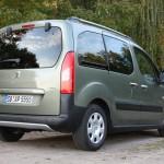Der Peugeot Partner Tepee in der Heckansicht