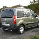 Peugeot Partner Tepee in der Heckansicht