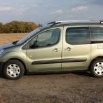 Der Peugeot Partner Tepee in der Seitenansicht