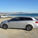Toyota Avensis Kombi in der Seitenansicht