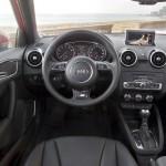 Das Cockpit des Audi A1 Sportback