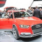 Audi Q3 Vail in der Farbe Rot auf Detroit Autoshow
