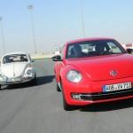 Beetle im GTI-Trimm und der Käfer auf der Rennstrecke