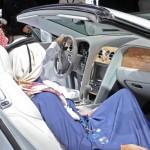 Der Innenraum des offenen Bentley Continental GTC