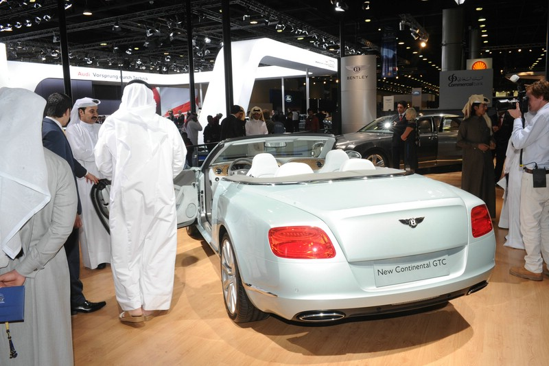 Bentley Continental GTC auf der Motorshow in Katar