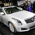 Cadillac ATS in der Farbe Silber in Detroit