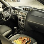 Das Armaturenbrett des Fiat Strada