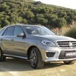 Mercedes-Benz ML 63 AMG in der Farbe Silber