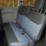 Sitze für die Fondpassagiere im Nissan NV200 Evalia dci90