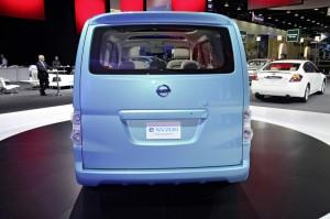 Concept Car Nissan e-NV200 in der Heckansicht