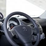 Innenraum des Peugeot 107 Cockpit