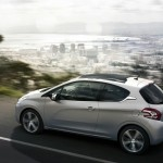 Peugeot 208 in der Farbe Silber