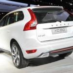 Der Volvo XC60 Hybrid in der Heckansicht