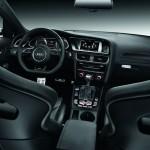 Das Armaturenbrett des Audi RS 4 Avant