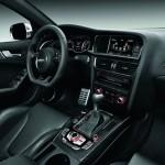 Das Cockpit des Audi RS 4 Avant