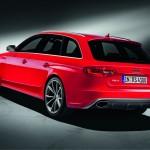 Der Audi RS 4 Avant in der Seiten- Heckansicht