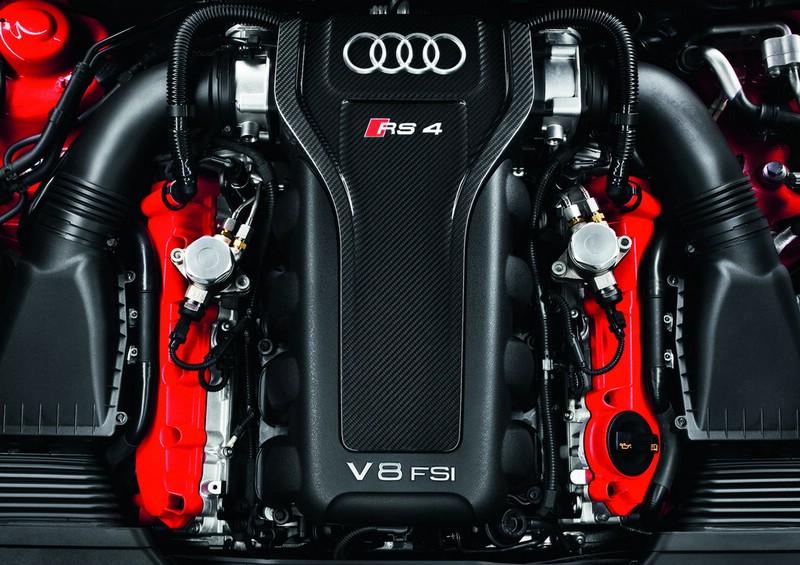 Galerie: Audi RS 4 Avant Motor   Bilder und Fotos