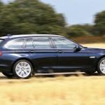 Der BMW 530i Touring in der Seitenansicht