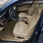 Die Fahrerseite des BMW 5er Touring