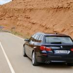 Der BMW 5er Touring zeigt sich von hinten
