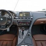 Das Armaturenbrett des BMW 640d xDrive - Innenraum