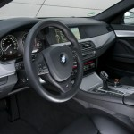 Das Cockpit des BMW M550d Performance xDrive