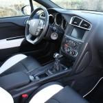 Der Interieur des Citroen DS4 - Hochwertig verarbeitet