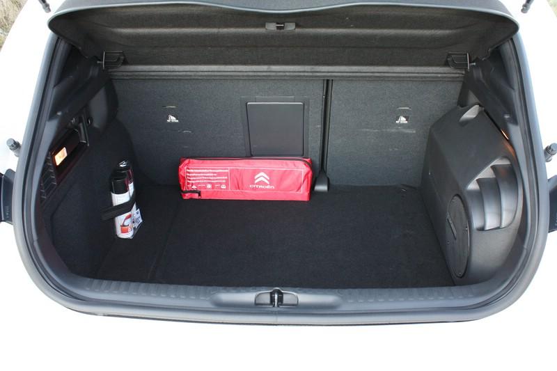 Der Kofferraum des Citroen DS4 - Umgelegte Sitze lassen mehr Stauraum entstehen