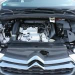 Der Motor des Citroen DS4 THP 200 SportChic leistet 200 Turbo-PS