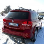 Das Heck des Allradfahrzeuges Fiat Freemont AWD