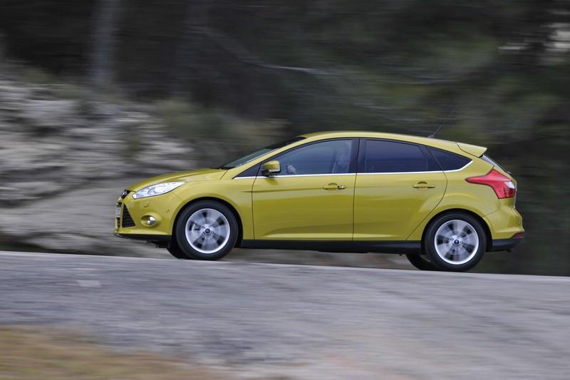 Der Ford Focus Ecoboost in der Seitenansicht