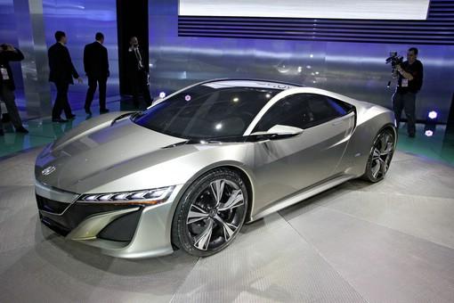 Prototyp Honda NSX auf einer Automesse