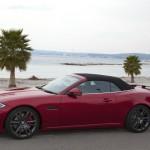 Das Jaguar XKR-S Cabriolet am Meer fotografiert