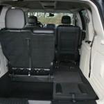 Platzangebot im Lancia Voyager 2.8 CRD: Bei umgeklappten Sitzen entsteht 3900 Liter Stauraum