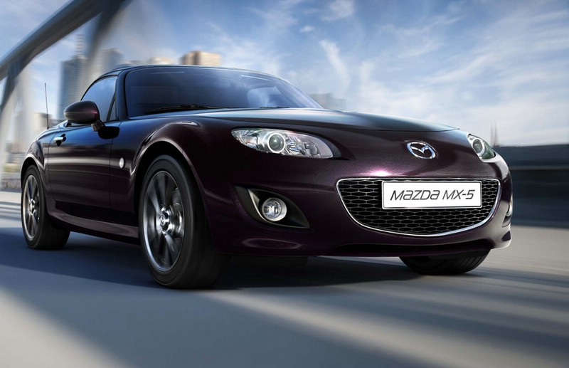 Das Mazda Sondermodell MX-5 Hamaki in Festivalschwarz Metallic