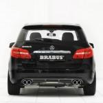 Mercedes B-KLasse von Brabus mit 4 Auspuffrohren