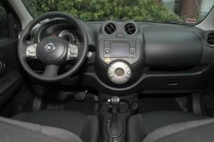 Das Cockpit des Nissan Micra