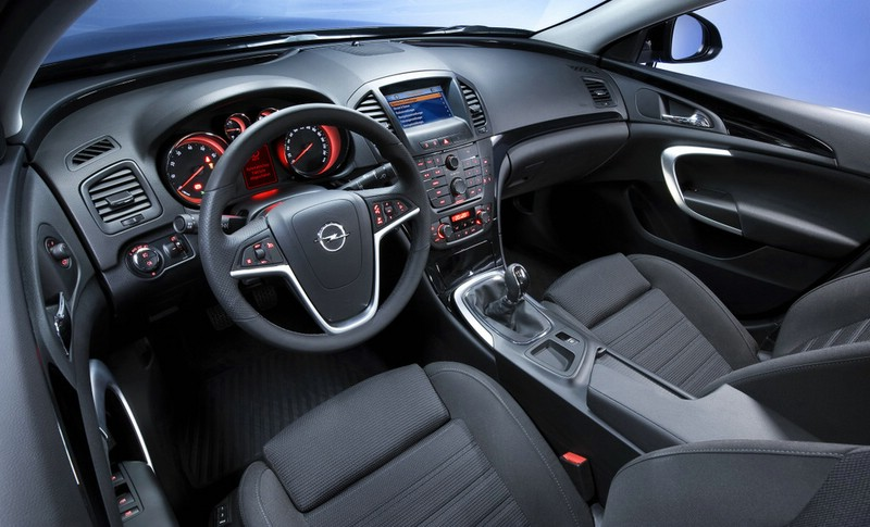 Galerie: Opel Insignia Biturbo Interieur | Bilder und Fotos