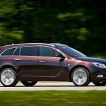 Der Opel Insignia Biturbo als Sports Tourer (Kombi) in der Seitenansicht