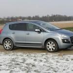 Der erste Diesel-Hybrid von Peugeot: Der 3008 Hybrid4 in der Seitenansicht