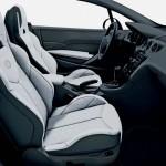 Innenraum des Peugeot 308 CC Sondermodells Roland Garros