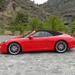 Porsche 911 Carrera Cabriolet in der Seitenansicht