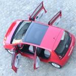 Volkswagen Up Fünftürer aus der Vogelperspektive