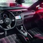 Das Interieur des neuen Volkswagen Golf GTI Cabriolet