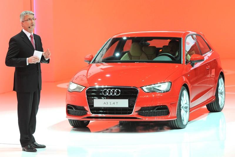 Rupert Stadler stellt die neue Generation des Audi A3 vor