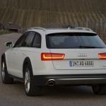 Die Heckansicht des Audi A6 Allroad Quattro