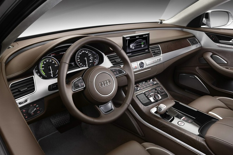 Armaturenbrett audi  Galerie: Audi A8 hybrid Armaturenbrett | Bilder und Fotos