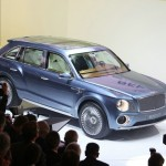 Der Bentley EXP 9F leistet 610 PS