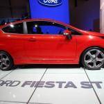 Der sportliche Ford Fiesta ST in der Seitenansicht