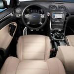 Das Cockpit des Sondermodells Ford Mondeo Titanium X